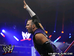 http://caps.wwe4live.de/data/media/124/4live-matt.hardy-25.01.09.2.jpg