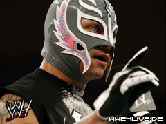 The Doctor of Thuganomics Arrive devant les fans  de tna  4live-rey.mysterio-29.12.08.1