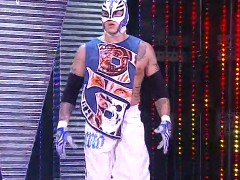 The Doctor of Thuganomics Arrive devant les fans  de tna  Rey_1
