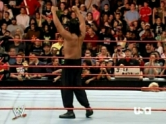 Kane vs The Great Khali at SummerSlam in a ???? Match 3_5
