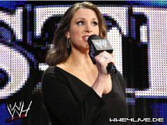 Raw Vs SmackDown : Randy Orton & John Cena & CM Punk & Jeff Hardy & James Storm Vs The Nergal & Drew McIntyre & Sheamus & The Undertaker & Edge - Page 2 4live-stephanie.mcmahon-05.01.09.2