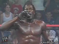 kofi veut un match(a spetch) Killings_speak_01