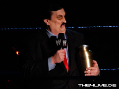 Taker vs The rated superstar 4live-paul.bearer-08.10.10.6