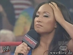 Gail Kim Speaking a The TNA FAN Gail_speak_03