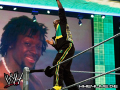 Kofi Kingston de retour 4live-kofikingston-29.01.08.1