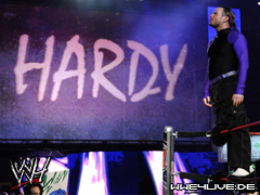 http://caps.wwe4live.de/data/media/46/4live-jeff.hardy-16.06.08.1.jpg
