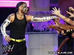 Raw Vs SmackDown : Randy Orton & John Cena & CM Punk & Jeff Hardy & James Storm Vs The Nergal & Drew McIntyre & Sheamus & The Undertaker & Edge 4live-jeff.hardy-26.07.09.1