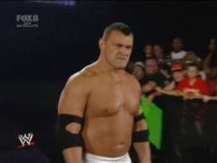 http://caps.wwe4live.de/data/media/469/vlcsnap-3544057.jpg