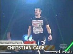 Christian veut un titre,mais pour cela,il faut un match d'entrainement. Christian_entrance_09