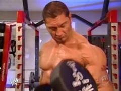 [#2]Randy Orton vs Batista Batista_training_01